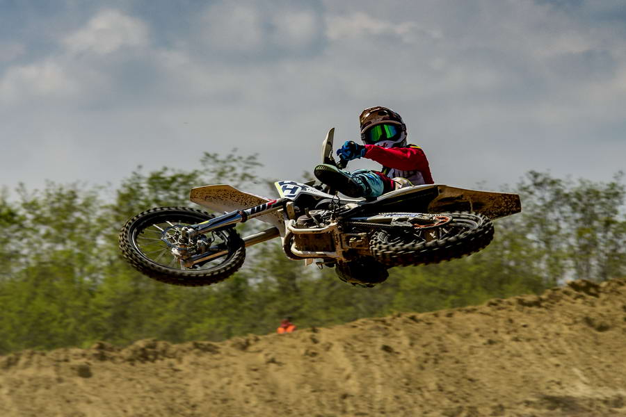 Η HUSQVARNA MOTUL MX TEAM