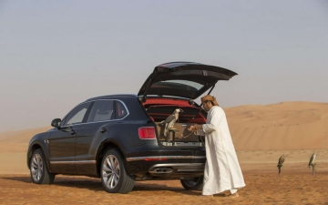 Bentley Bentayga Falconry 10