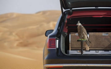 Bentley Bentayga Falconry 20