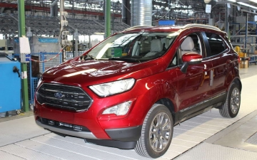 Ford EcoSport on the line 16