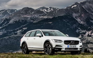 V90 CROSS COUNTRY 11