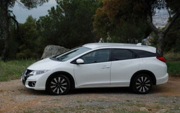 Honda Civic Tourer 13