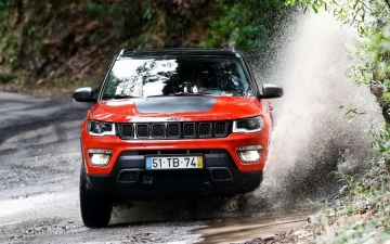 AVC Jeep Compass 14