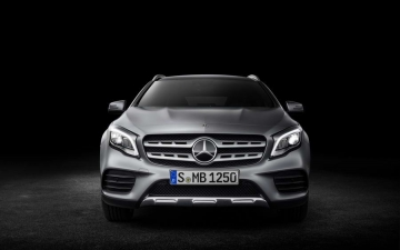 Mercedes welcome 13