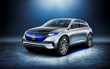 Mercedes EQ low (4)