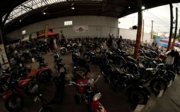 MOTORCYCLE DAYS 25