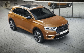 No 28 DS 7 Crossback