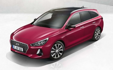 No 33 Hyundai i30 Wagon