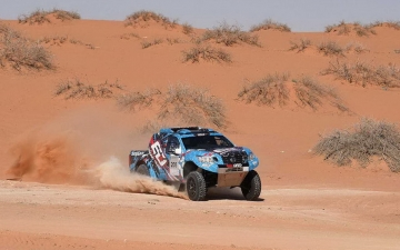 Nissan Dubai International Baja  01