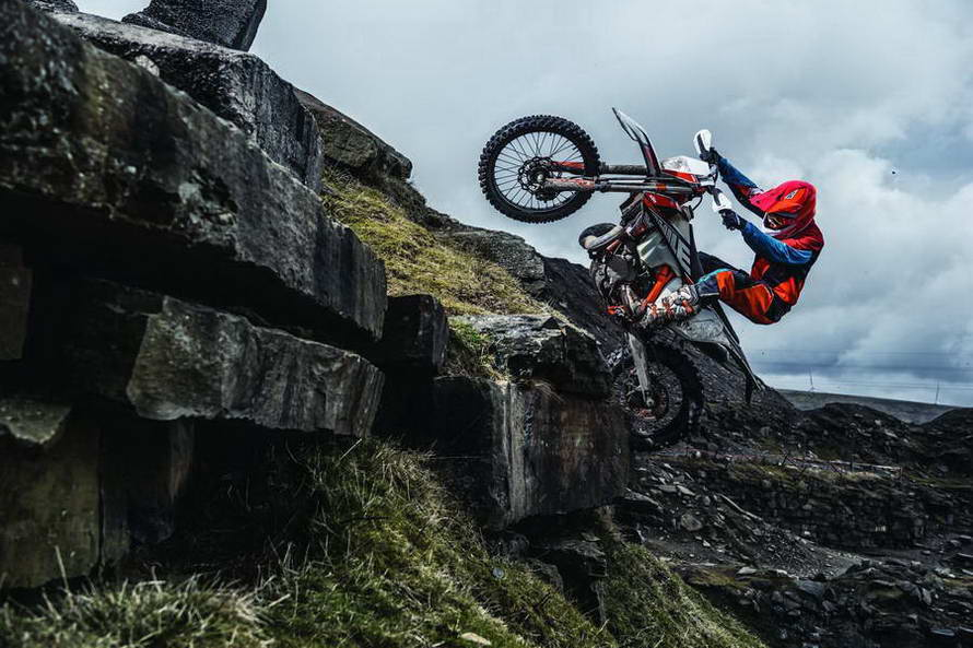 KTM 300 EXC TPI SIX DAYS MY2019_03