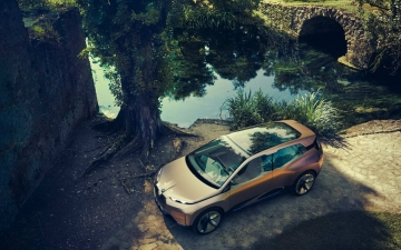 BMW Vision iNEXT 12