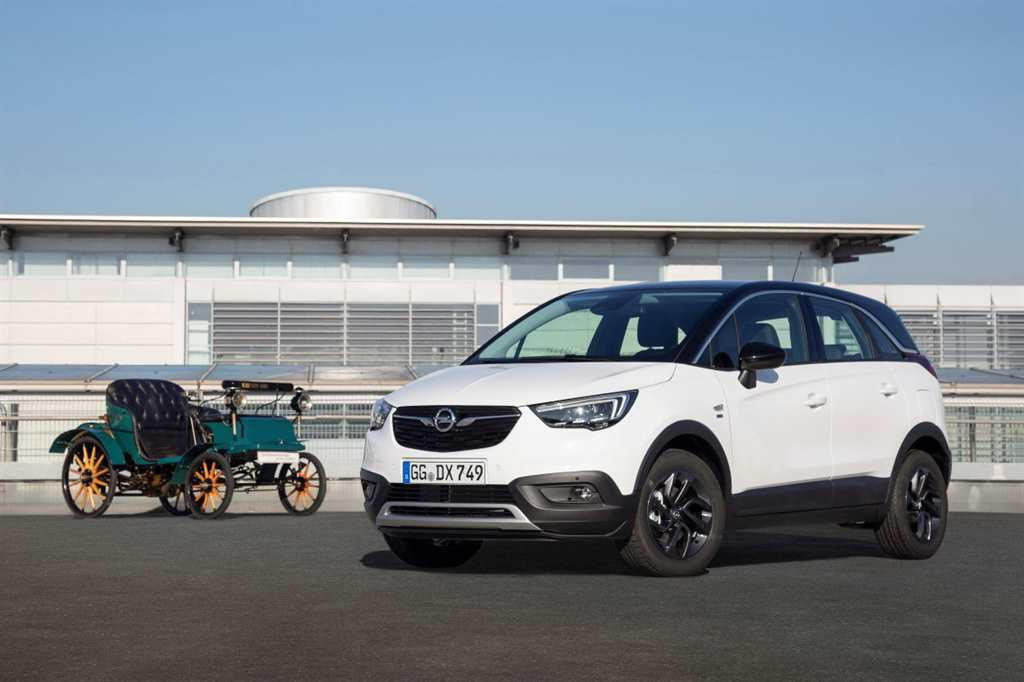 120-Years-Edition-Opel_  03
