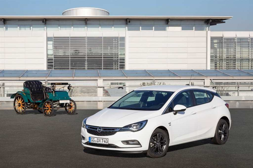 120-Years-Edition-Opel_  04
