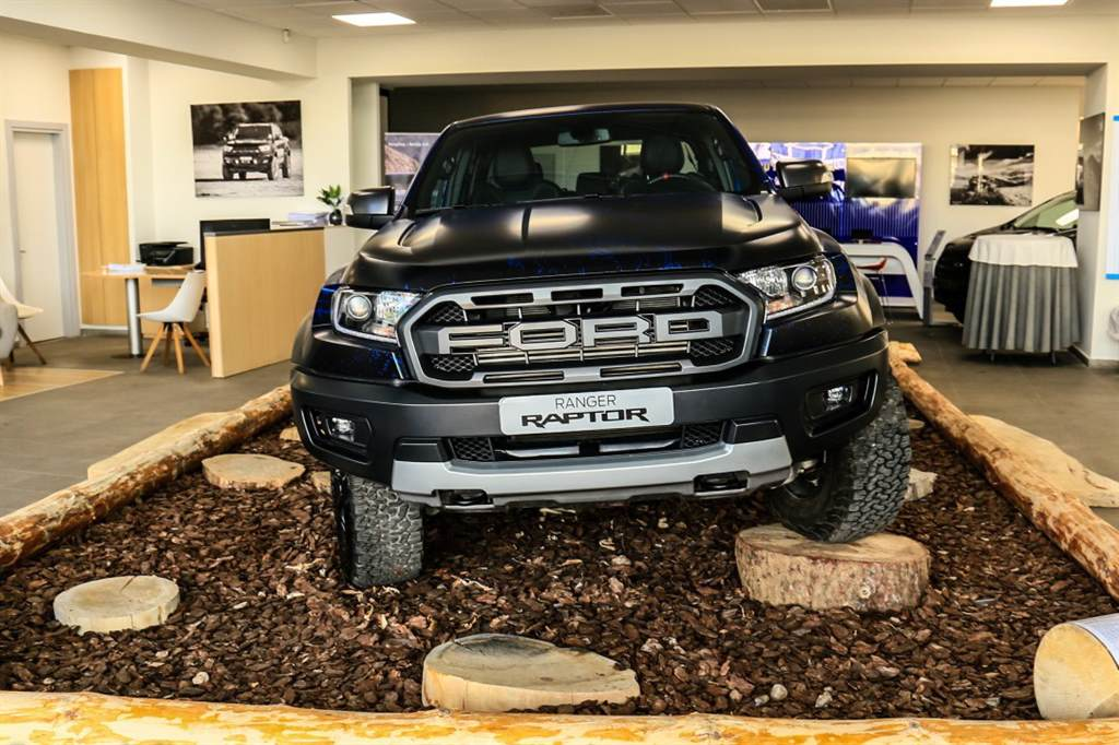 Ford Ranger Raptor_  08