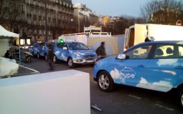 Fuel Cell Taxi in Paris 05