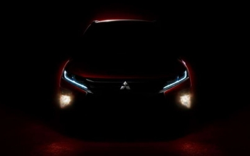 ECLIPSE CROSS  11