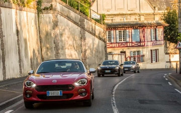 Fiat 124 Spider sweeps France 16