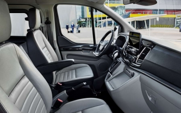 Ford Tourneo Custom 20