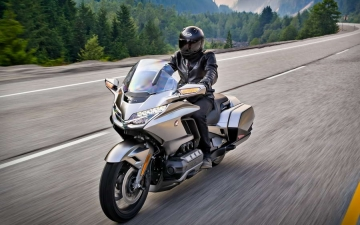 Honda Gold Wing GL1800 MY2018 10