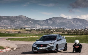 Civic Type R MY17 10