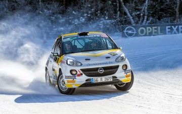 Opel race ADAM 10