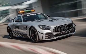 Mercedes F1 safety car 10
