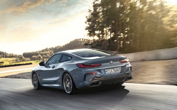 BMW 8 coupe_ 04