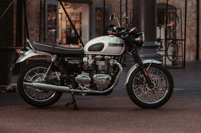 Bonneville_T120_Diamond_5.2935aa77