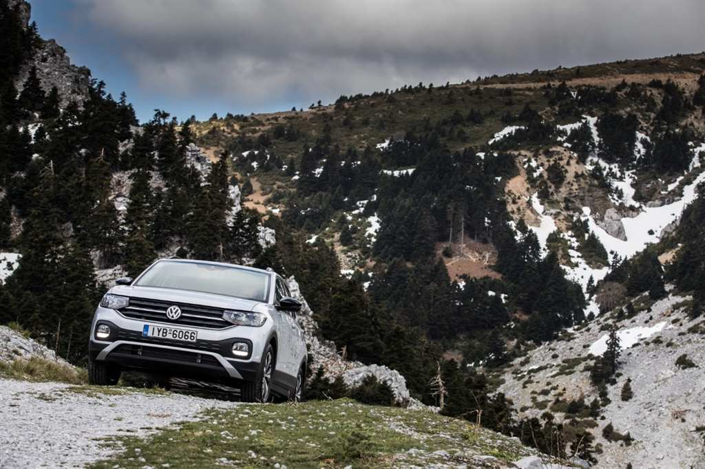 VW T-CROSS_ 10