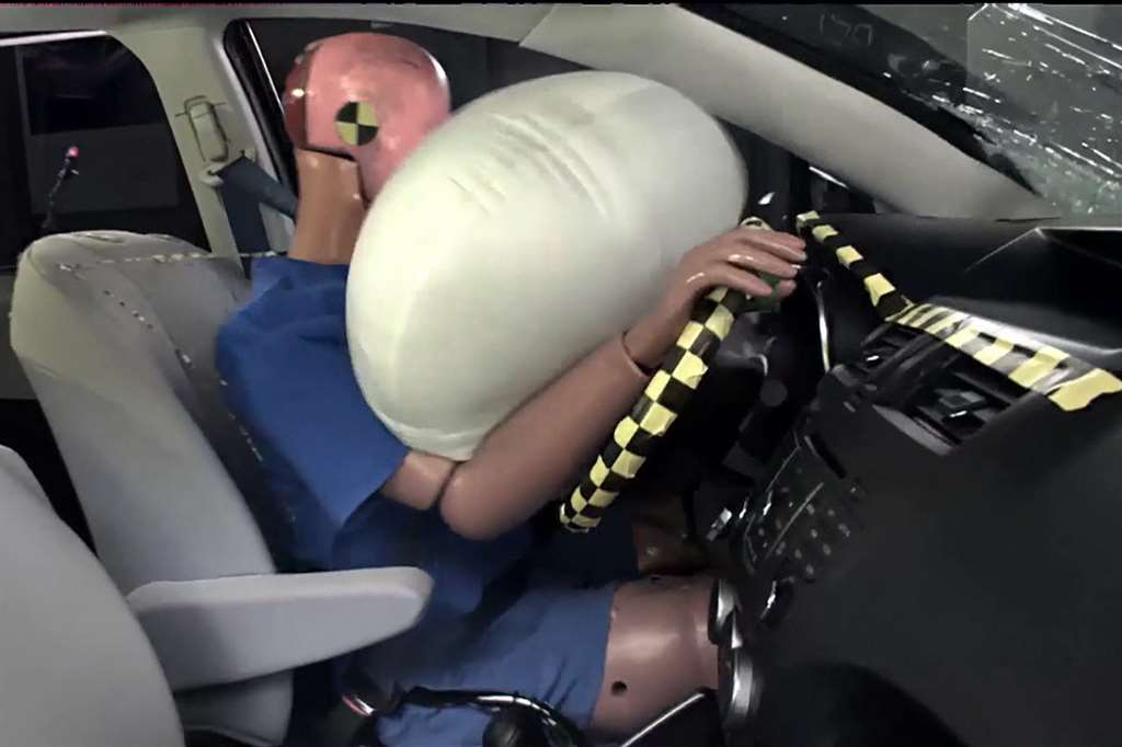 Toyota- airbags_04