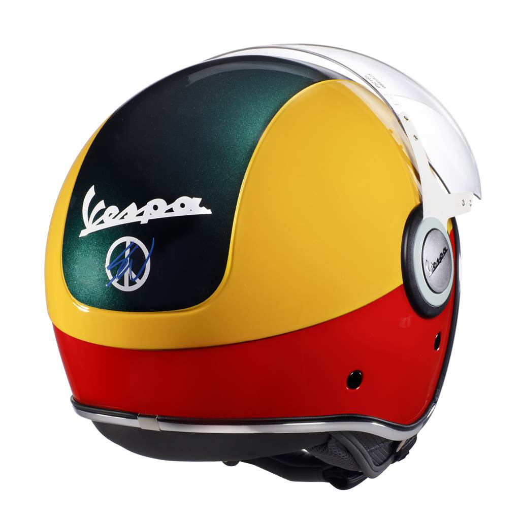03 - Casco Vespa Sean Wotherspoon
