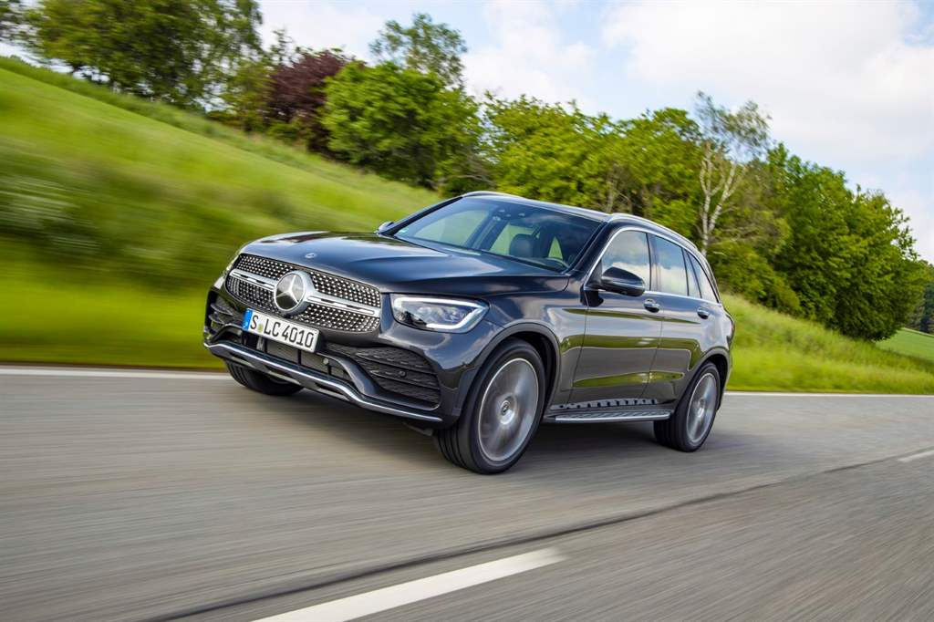 GLC_300_de_4MATIC_06