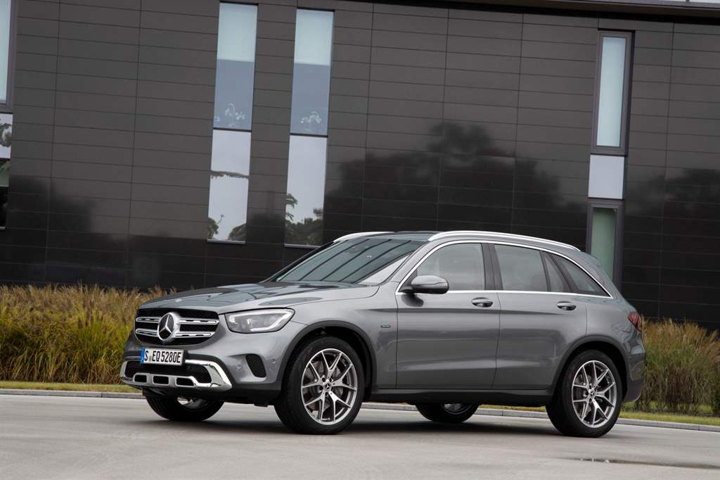 GLC_300_de_4MATIC_08