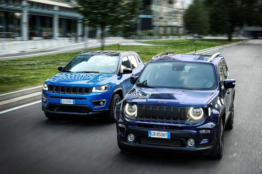 Plug-in Hybrid Jeep Renegade 4xe και Compass 4xe