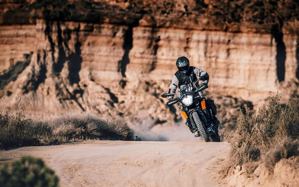 KTM adventure 250 action desert