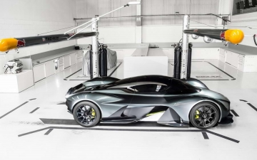 Aston Martin AM RB 001 13