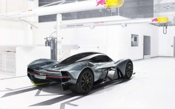 Aston Martin AM RB 001 15
