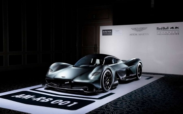 Aston Martin AM RB 001 16