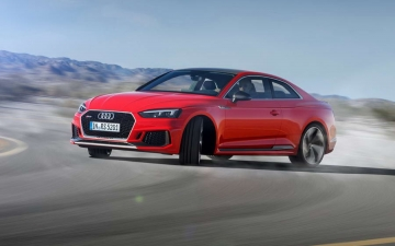 Audi-RS5 Coupe 10