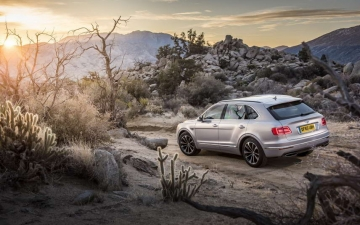 Bentley Bentayga 01