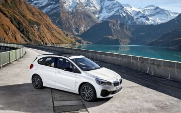 BMW 2 Active tourer 11