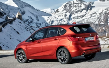 BMW 2 Active tourer 18