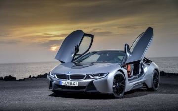 BMW i8 coupe 01