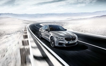 BMW M5 Competition 10