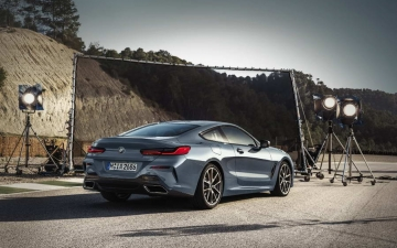 BMW M850i xDrive Coupe M 15