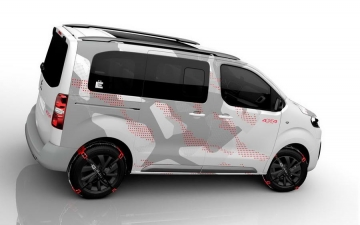 Citroen space tourer E concept 03