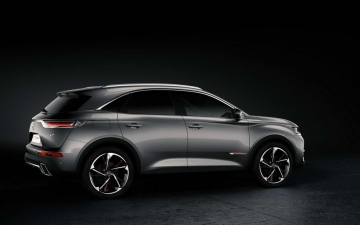 DS 7 Crossback 18