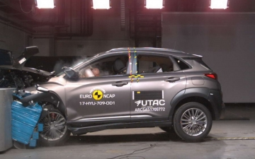 Hyundai Kona crash test 16