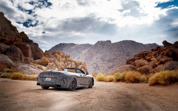 New BMW 8 Cabrio Death Valley 11