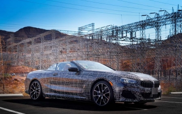 New BMW 8 Cabrio Death Valley 13